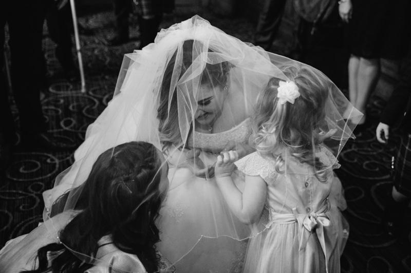 Glasgow Central Hotel Rocking Art Deco Floral Wedding Photographs of Emma_Michael-2517.jpg