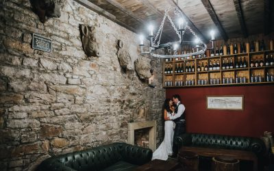 Lynne & James' Summer pastel wedding photos at The Caves Edinburgh