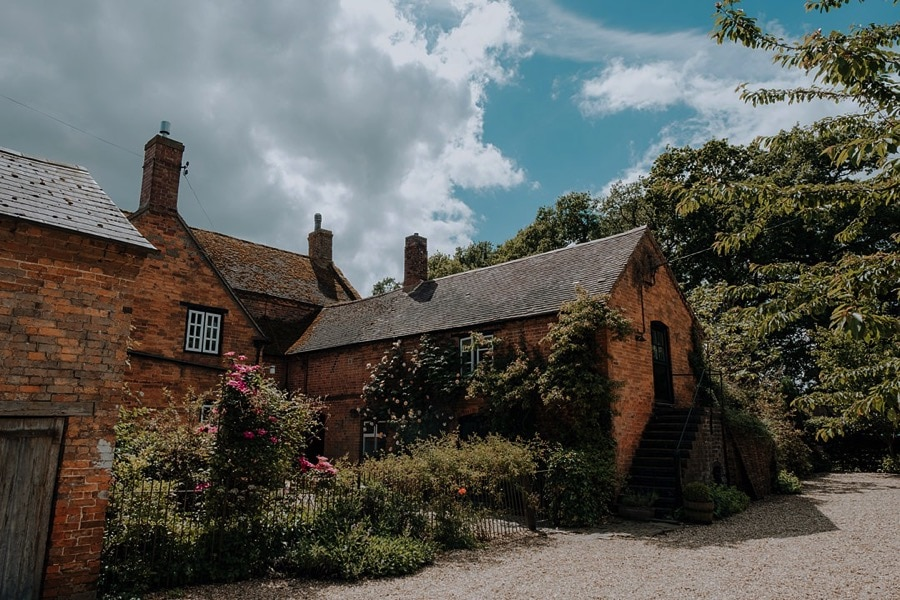 Park-Farm-Daventry-Wedding-Photos-northamptonshire 0129