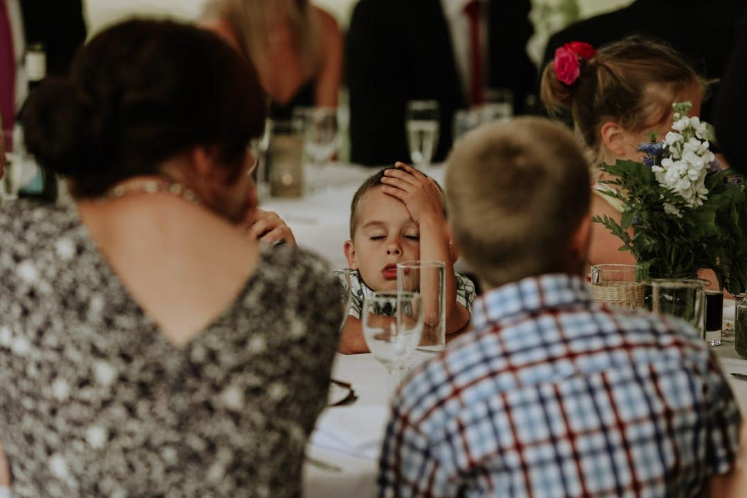 bored-child-marquee-wedding-leicestershire-wedding-photographer
