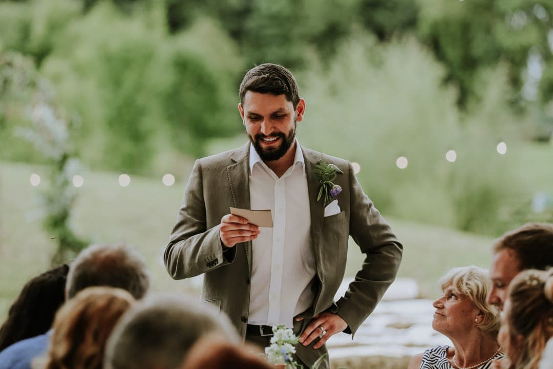 groom-doing-speech-leicestershire-wedding-photographer