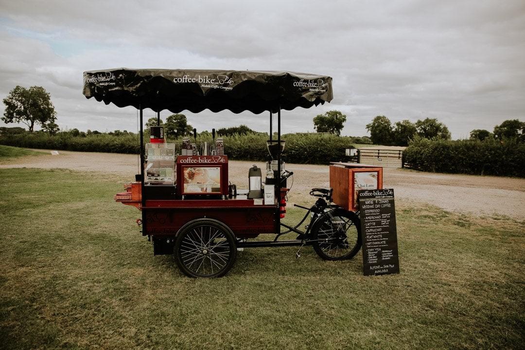 coffee-bike-wedding-refreshments-wedding-outdoors