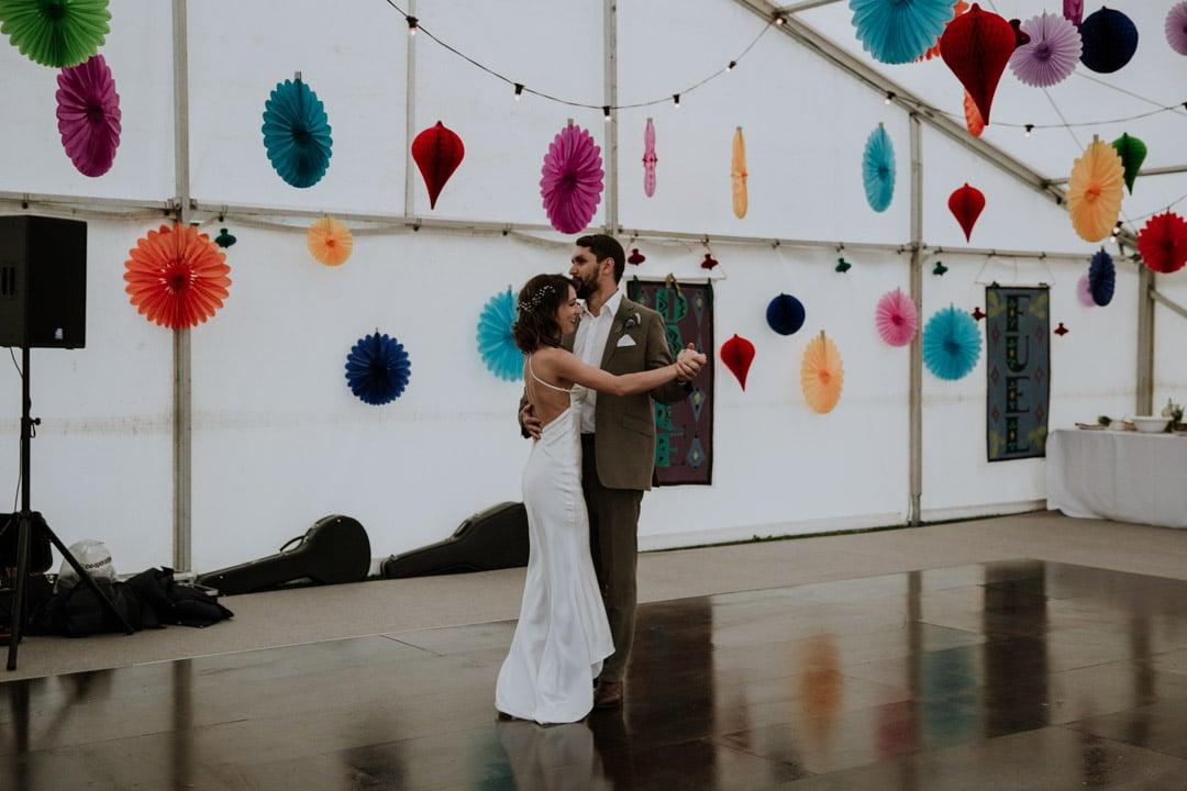 first-dance-diy-farm-wedding-artstic-wedding-photography