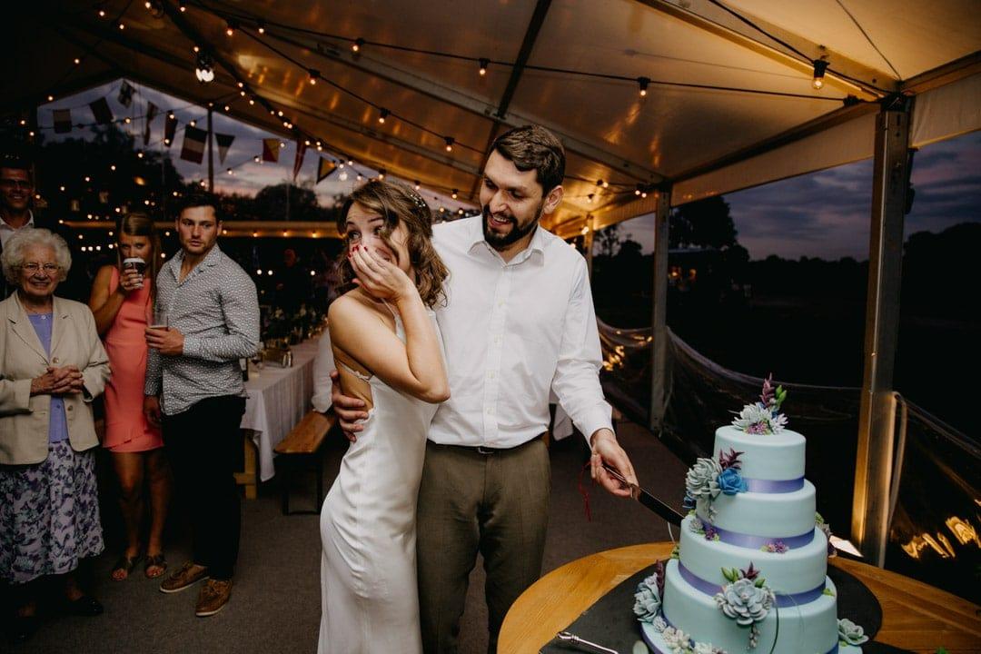 cake-cutting-diy-farm-wedding-leicestershire