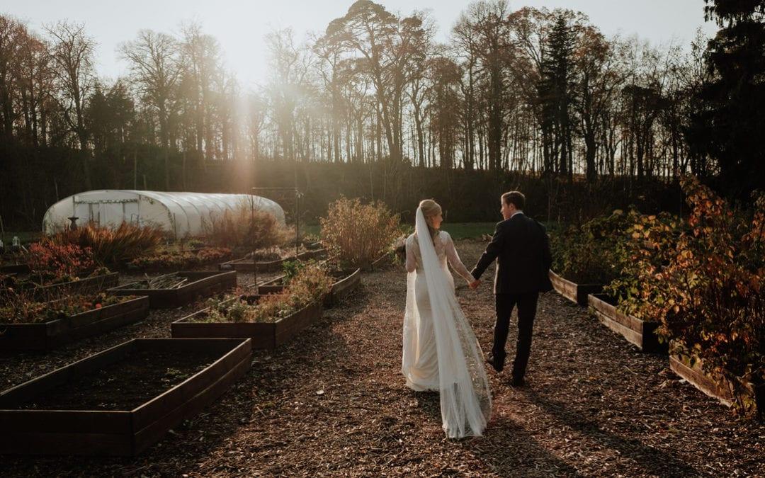 Elegant Winter Colstoun House Wedding Photos | EL & Pete
